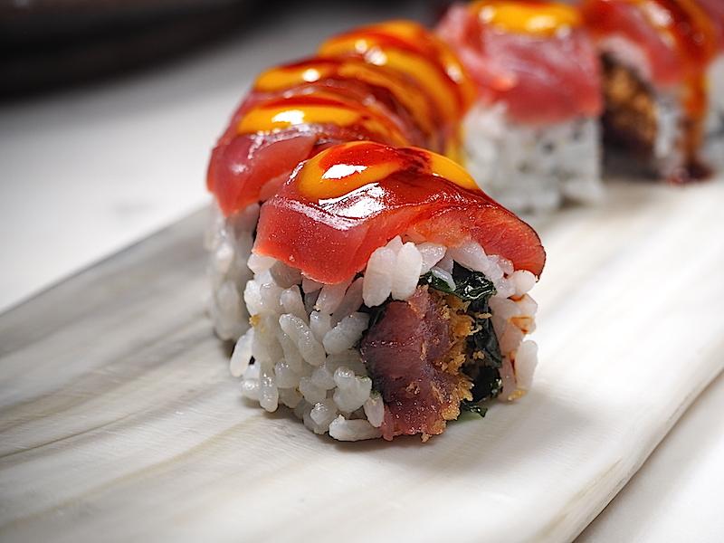 İnari Sushi Omakase Roll