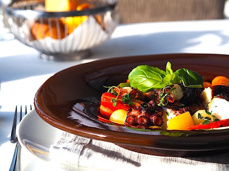Lacivert Restaurant Galiçya Usülü Ahtapot