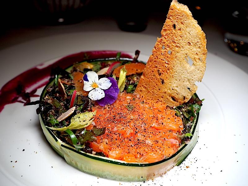 Gina Restaurant Somon Tartare & Kinoa