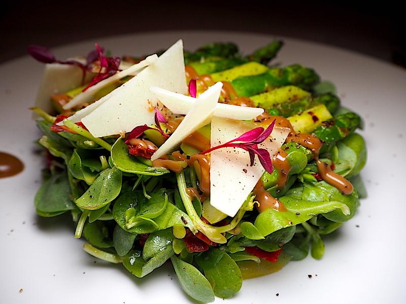 Gina Restaurant Kuşkonmazlı, Semizotlu, Parmesanlı Salata