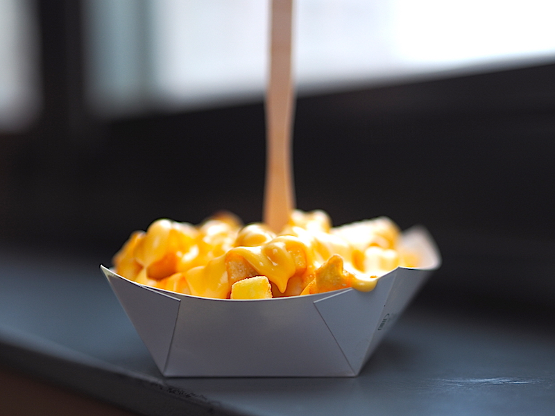 Shake Shack Peynir Soslu Patates Kızartması