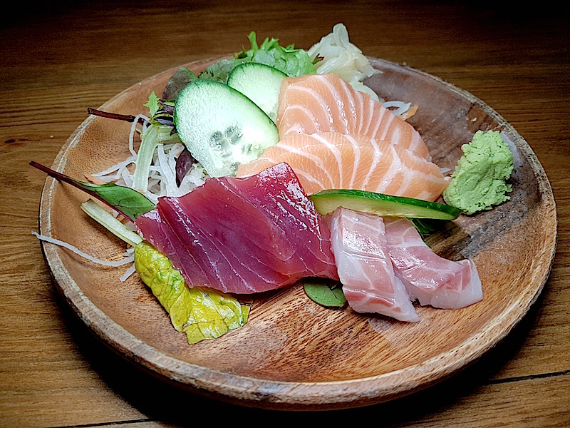 Naomi Sushi Bar - Sashimi Mix
