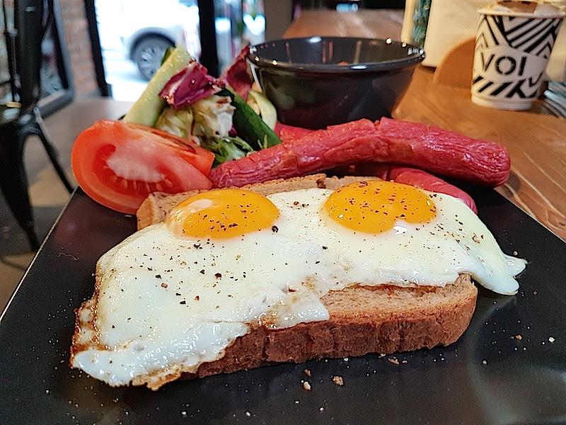 Voi Teşvikiye Amerikan Kahvaltı