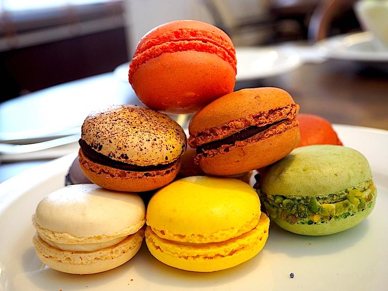 Beyaz Fırın & Brasserie Etiler Macaron