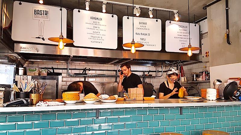Basta Street Food Bar İç Mekan