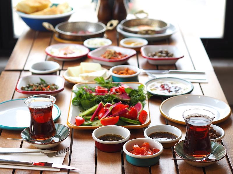 İstanbul'un En İyi Seprme Kahvaltıları - Kemankeş Cafe