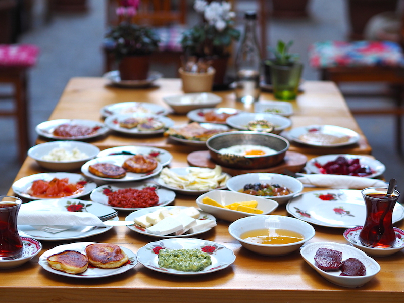 İstanbul'un En İyi Serpme Kahvaltıları- Privato Cafe