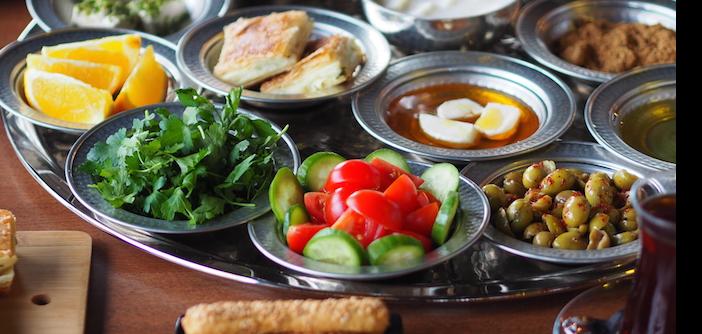 İstanbul'un En İyi Serpme Kahvaltıları – İstanbul'da Nerede Kahvaltı Edilir